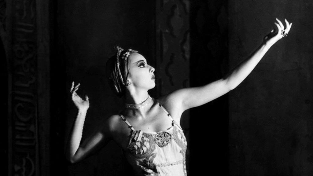 max-dupain - A Thousand Encores - The Ballets Russes in Australia