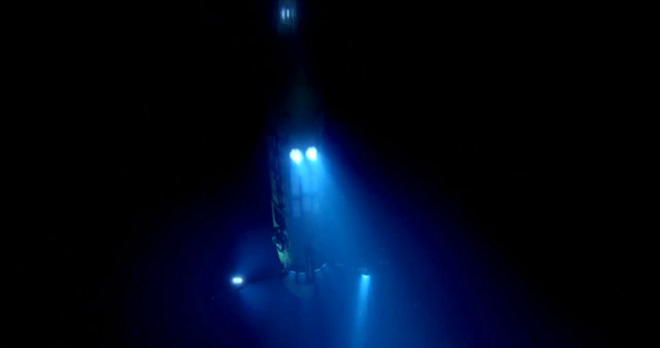 James Cameron's Deepsea Challenge 3D - Descent